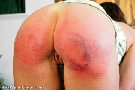 realspankings school swats girls getting paddled at school 1
