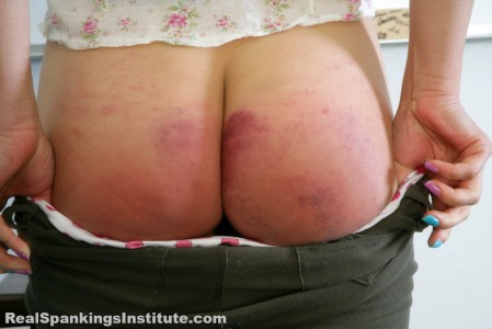 realspankings school swats girls getting paddled at school 24